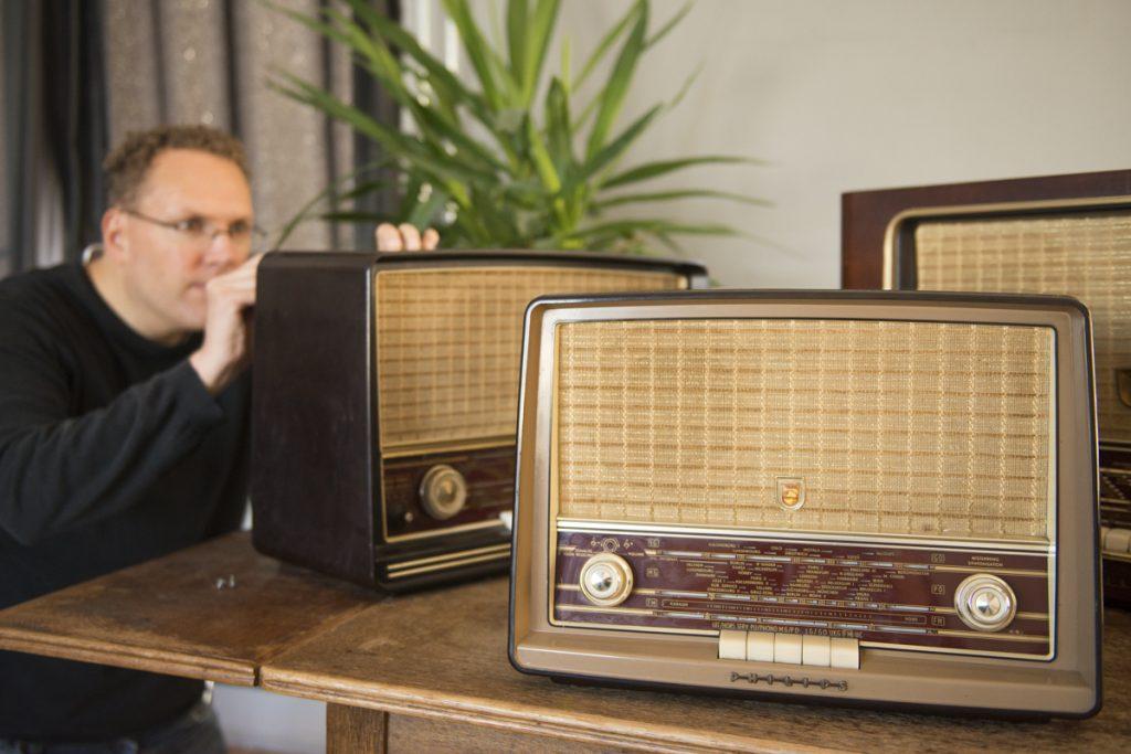 Op elke verdieping een antieke radio