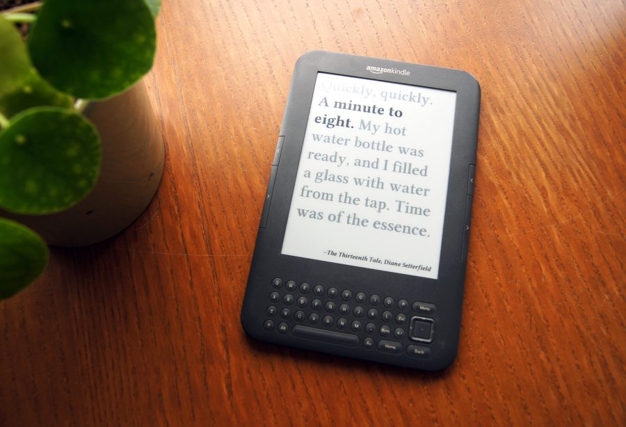 Citaten Uit Boeken : Literaire klok laat tijd zien met citaten uit boeken